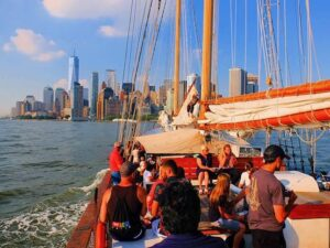 Statue Of Liberty Tall Ship Sailing Cruise Newyorkcity Ca
