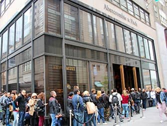 Abercrombie and Fitch in NYC - Long Lines