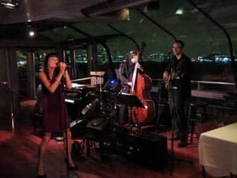 Bateaux New York Dinner Boat Tour - Live Music