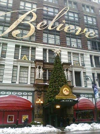 Macys in NYC - Christmas Tree