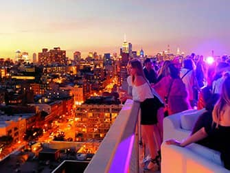 The Best Rooftop Bars of New York - The Roof Sunset