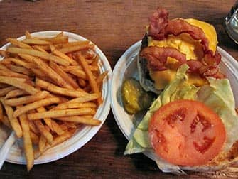 Corner Bistro in NYC - Burger and Fries