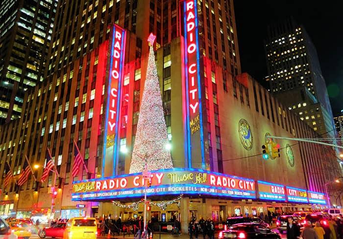 Christmas Season in New York - Radio City Music Hall