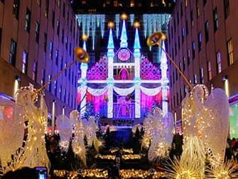 Christmas Season in New York - Saks Fifth Avenue