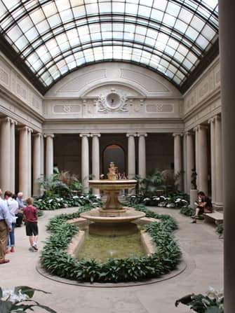 The Frick Collection in New York - Courtyard