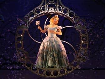 Wicked on Broadway New York - Glinda