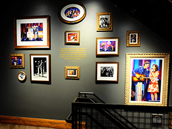 Opry City Stage in New York - Decorations